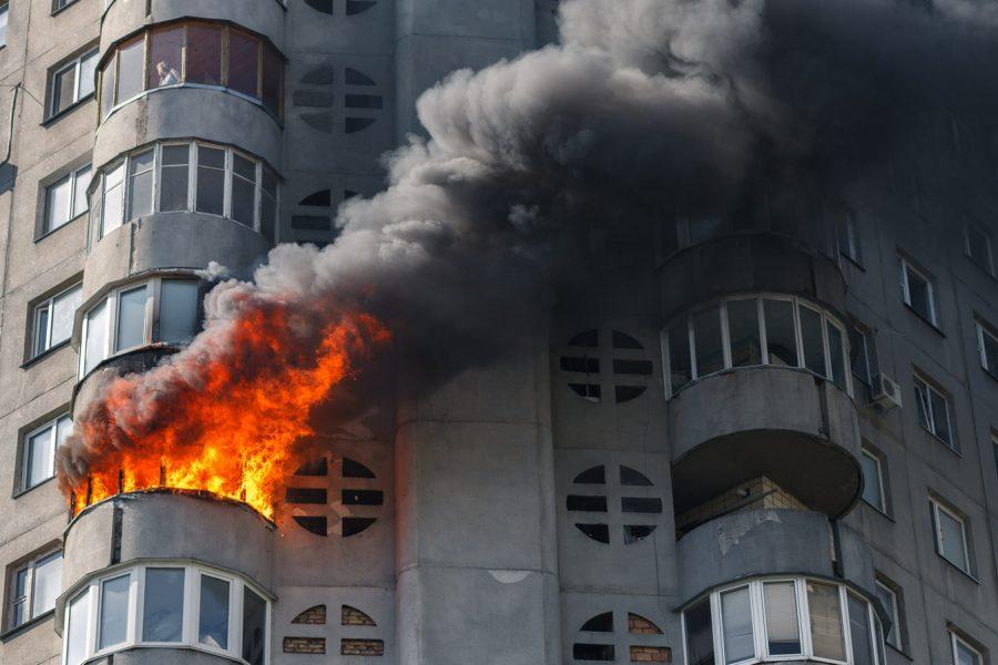 Fire in residential building, Kiev
