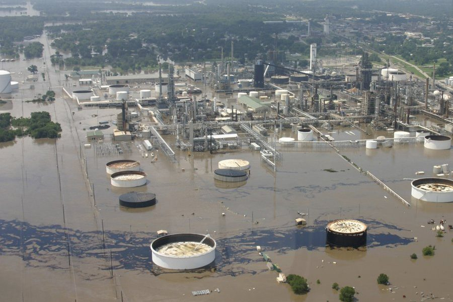 on-july-2-2007-raging-floodwaters-led-to-a-significant-oil-spill-at-a-refinery-in-southeast-kansas-an-aerial-view-shows-the-damage